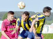 Svitavští fotbalisté uspěli na českotřebovském trávníku.