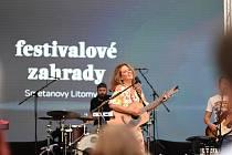 V neděli skončily Festivalové zahrady v Litomyšli. Vrcholem programu byl koncert Anety Langerové.
