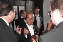 Koncert v Luži. Dirigent Roberto Montenegro.