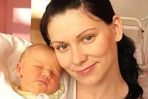 ZDENĚK PLOCR. Chlapeček se narodil 10. listopadu ve 4.41 hodin v litomyšlské porodnici. Vážil 3,95 kilogramu a měřil 52 centimetrů. S rodiči Lucií a Milanem bude žít v Městečku Trnávka.