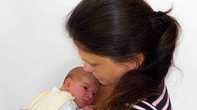 VOJTĚCH SOUKUP je po Tereze dalším přírůstkem do rodiny Věry a Zdeňka z Tržku. S váhou 3,61 kilogramu přišel na svět dne 7. července ve 2.34 hodin.