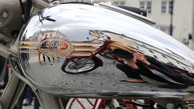 Zahájení motorkářské sezóny a žehnání ve Svitavách.