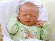 VÁCLAV KRÁL. Narodil se 26. srpna Janě a Jindřichovi z Poličky. Měřil 51 centimetrů a vážil 3,48 kilogramu. Má bráchu Jindřicha.