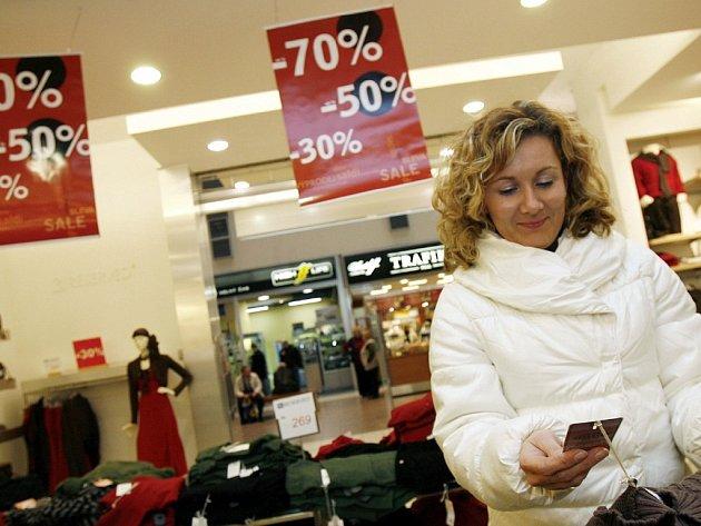 Sleva neznamená šunt. I na zboží zakoupené ve výprodeji se vztahuje záruční a reklamační řád.