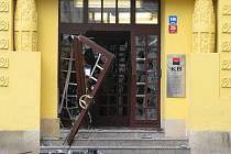 Vykradená banka v Moravské Třebové.