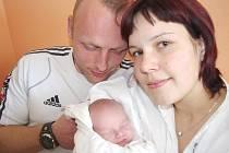 MATYÁŠ ZVÁRA. Lada a Martin se stali v sobotu 3. dubna rodiči malého Matyáše. Přišel na svět ve Svitavách v 15.04 hodin. Vážil 2,9 kilogramu a měřil 49 centimetrů. Bydlet bude v Udánkách v  Moravské Třebové.
