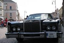 Americké vozy dorazily na litomyšlské náměstí.