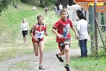 Triatlonu v Dolním Újezdu se u příležitosti oslav  100 let  založení organizace Sokol zúčastnilo třicet závodníků.