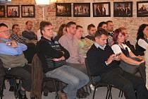 Kulatý stůl Deníku s volebními lídry v Litomyšli.
