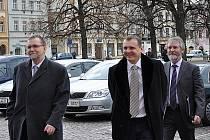 Ministr dopravy Vít Bárta a hejtman Pardubického kraje Radko Martínek ve Vysokém Mýtě.