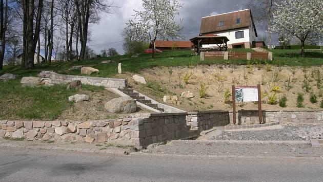 Odpočinková zóna v Budislavi bude u muzea .