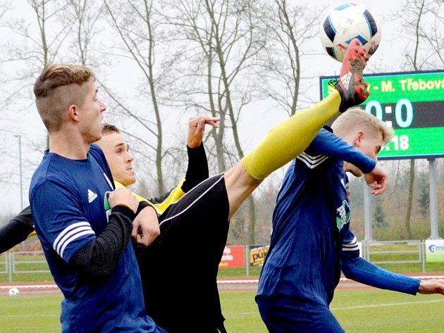 Derby na Svitavském stadionu nabídlo bojovný, důrazný, ale korektně hraný fotbal.