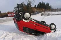 Renault havaroval u Karle.