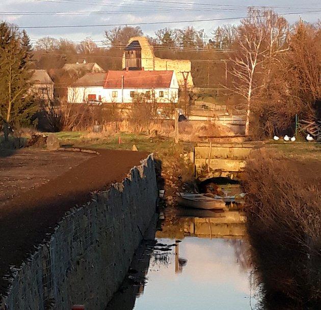 Nejstarší akvadukt v Česku je v Třebařově.