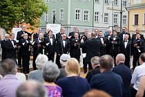 Koncert na náměstí jako pocta Bedřichu Smetanovi