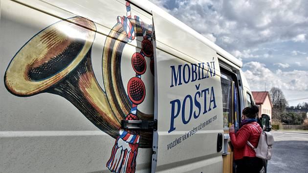 Mobilní pošta. Ilustrační foto