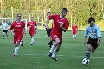 Fotbalisté z Dolního Újezdu splnili v semifinále dva cíle. Jednak přes outsidera hladce postoupili, jednak se přitom příliš nezapotili a přes finišem krajského přeboru nevyplýtvali síly.
