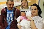 ELIŠKA KAŠČÁKOVÁ se narodila 4. prosince v 8.37 hodin manželům Elišce a Františkovi. Vážila 2,85 kilogramu a měřila 49 centimetrů. Doma v Bystrém se na sestřičku těší Michal a Daniela.