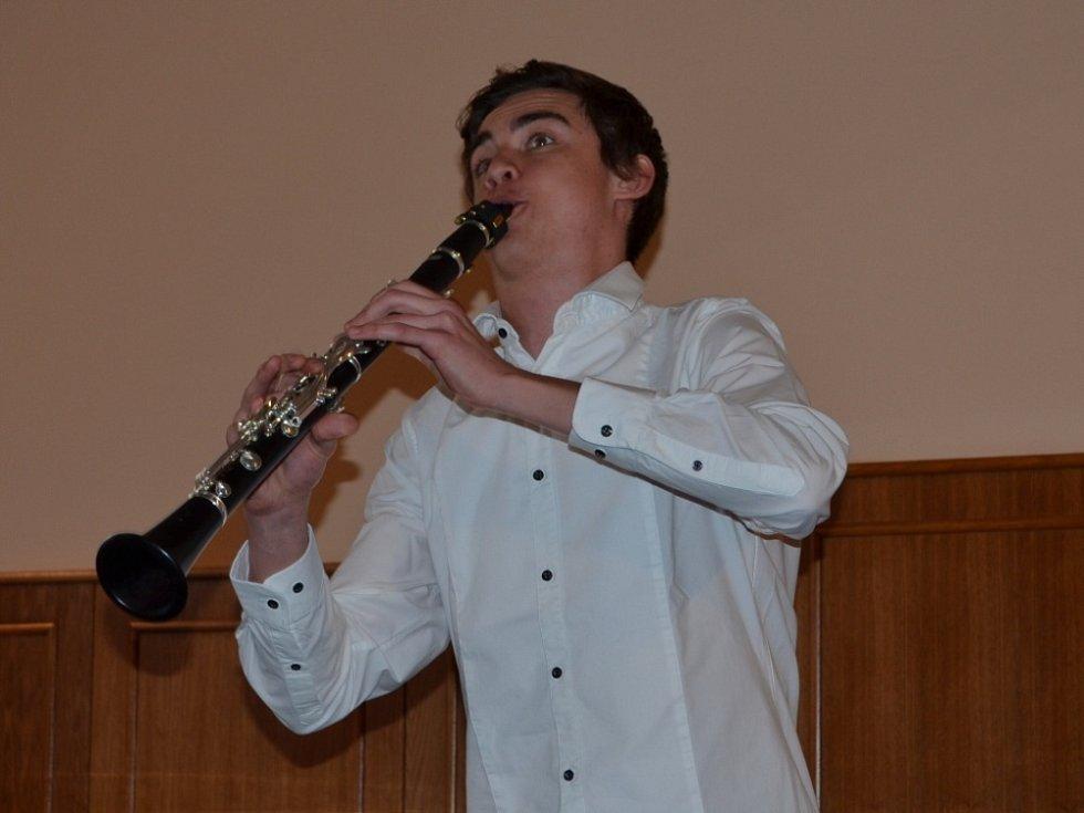 BOHUSLAV MARTINŮ inspiroval nejen mladé muzikanty, ale také výtvarníky. Sešli se v Poličce.