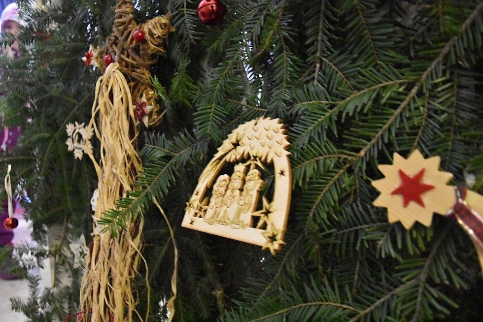 Advent na Svojanově: Lucifer se svou bandou řádil na hradě.