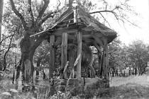 Historické snímky studny v Maříně.