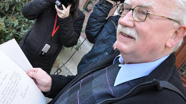Miroslav Brýdl se s Václavem Havlem mnohokrát sešel a za jeho starostování také bývalý prezident přivezl do Litomyšle v roce 1994 šest evropských prezidentů.