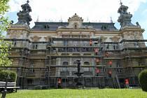 Stavební firma si vzala do parády Langrovu vilu ve Svitavách.