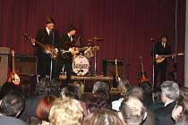 SÁLEM MUZEA zněly známé skladby legendárních The Beatles ve skvělém podání  revivalové kapely.