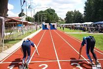 Hasiči sportovci se sjeli do Kamence na start Večerní stovky.