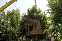 Kláštěrní zahrady v Litomyšli mají novou dominantu.
