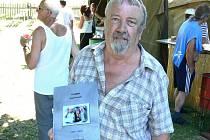 TJ AHOJ. Kniha je obrazovým dokumentem toho, co členové v letech 1993 až 2006 podnikli.
