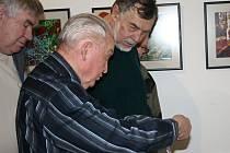Amatérští výtvarníci získali cenné rady na každoročním poradenském dni ve svitavském muzeu.