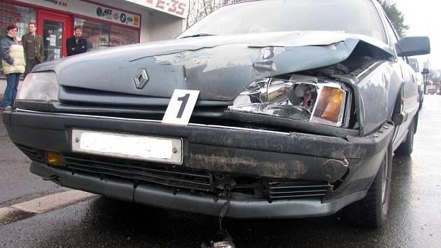 Nehoda u přechodu pro chodce v Litomyšli.