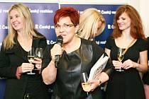 Slavnostního aktu se mimo jiné zúčastnila zpěvačka Dagmar Pecková, která přispěla do knihy receptem na kuskus s granátovým jablkem.