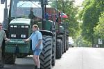 Zemědělci ze svitavského okresu se dnes připojili k protestní akci. Řazení zemědělské techniky v Moravské Třebové.