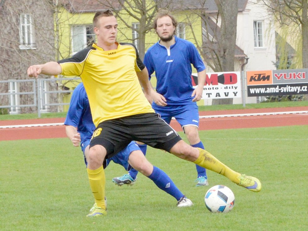 Ze zápasu Svitav (ve žlutém) proti Třemošnici.