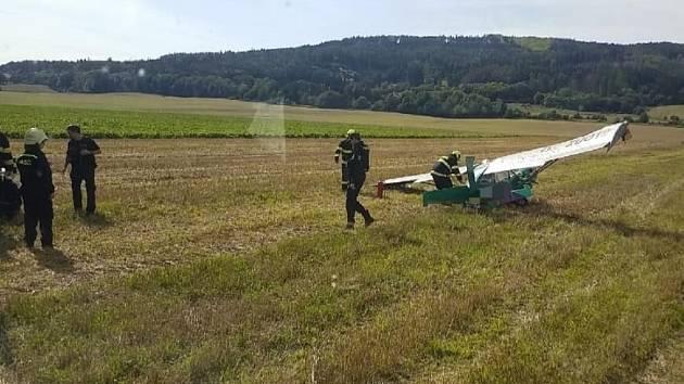Spadl ultralight, pilot zraněn
