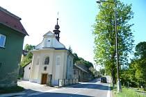 NOVÝ BRNĚNEC. Přetížená státní silnice I/43 v Březové nad Svitavou.