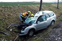 Na silnici I/35 u obce Tržek se ve středu střetlo osobní a nákladní auto.