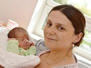 JAN NÁDVORNÍK.  Narodil 12. dubna Markétě a Vojtěchovi z Chotěnova. Měřil 47 centimetrů a vážil 2,92 kilogramu. Má brášku Vojtu.