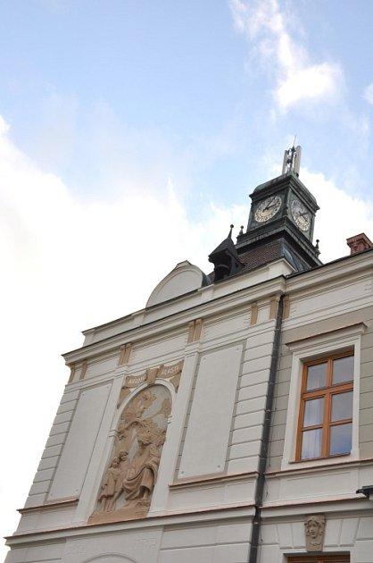 ZÚJEZDU. Základní škola