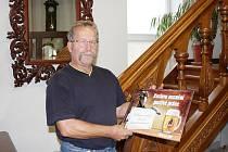 Petr Havlíček začínal s bubenickými paličkami a dnes dělá luxusní schodiště. Stal se fachmanem Svitavska.