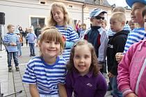Předškoláci z Mateřské školy odjeli na tři červnové dny do šmoulího lesa ve Svratouchu.