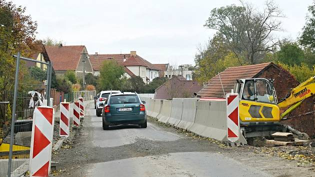 Úplná uzavírka silnice v Osíku