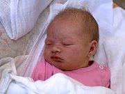 DOMINIKA DOHNALOVÁ. Narodila se 5. března Martině a Rostislavovi z Poličky. Měřila 50 centimetrů  a vážila 3,25 kilogramu. Má sourozence Julinku a Rostíka.