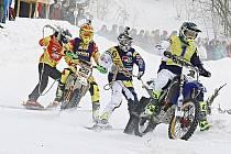 Drama na trati. Mistrovství republiky v motoskijöringu spěje k napínavému vrcholu.