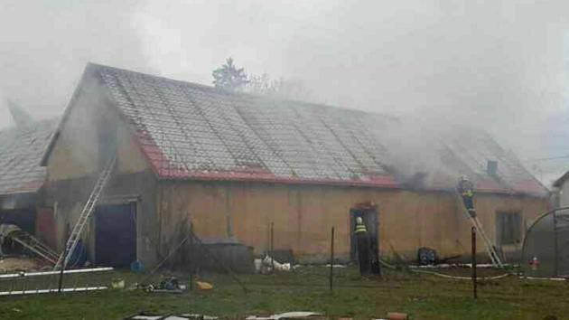 Požár rodinného domu v Poličce