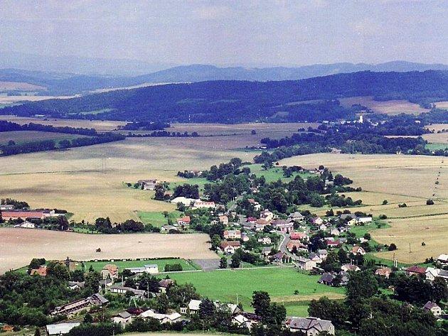 Pohled z Mladějovské rozhledny.