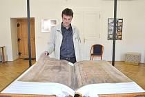 Replika Ďáblovy bible je v Moravské Třebové.