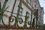 Historická vila Klára chátrá. Litomyšl ji chce od kraje koupit a prodat s podmínkami dál.